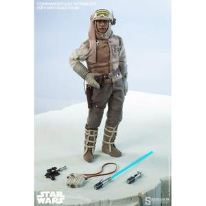 Luke Skywalker Hoth Echo Base Sixth Scale Figure