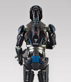 Total Recall: Lifesize Synth. Black Armored Battalion Commander