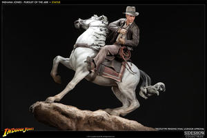 Indiana Jones: Pursuit of the Ark Statue