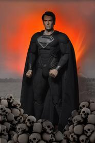 Man of Steel: Black Suit Superman 1:4 Scale Figure