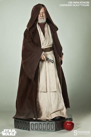 Obi-Wan Kenobi Legendary Scale Figure